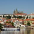 Praha se dostala do čela patnáctimístného žebříčku nejvýhodnějších měst pro letošní jarní dovolené Britů. Žebříček metropolí pravidelně zveřejňuje britská pošta. Na druhém a třetím místě skončilyLisabona Budapešť, na posledním, patnáctém...